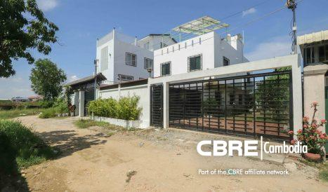 Custom-Built 3Bedroom Townhouse for Rent/Sale in Chorm Chao